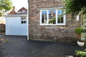 house_exterior_decorators_london